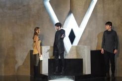 "MARVEL'S INHUMANS - ""Divide and Conquer"" - After fleeing their home, The Inhumans desperately search for each other in the wake of Maximus' coup. Now they must learn who they can trust on Earth, on an all-new episode of ""Marvel's Inhumans,"" airing on FRIDAY, OCTOBER 6 (9:01-10:01 p.m. EDT), on The ABC Television Network. (ABC/Karen Neal) ISABELLE CORNISH, IWAN RHEON, ARI DALBERT"